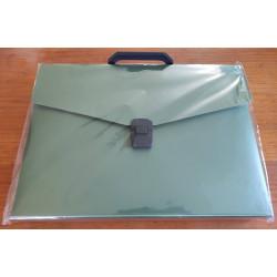 Maletín A4 plástico (verde oscuro)